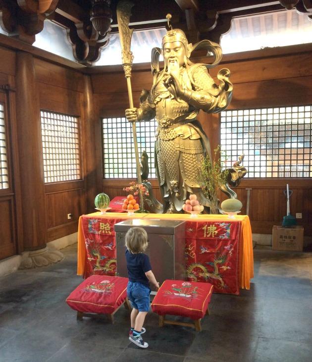 buddist temple shangahhai
